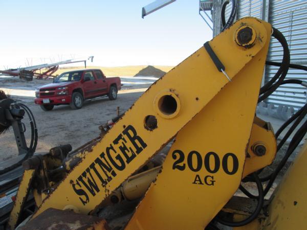 Swinger 2000 loader